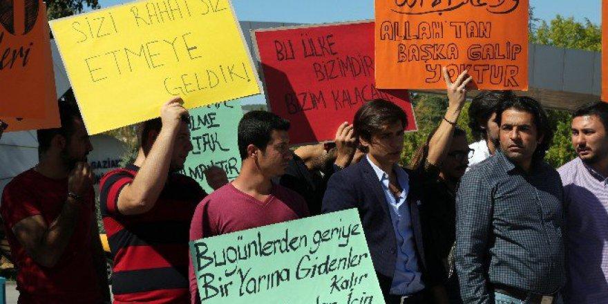 Gaziantep Üniversitesi Öğrencileri'nden CIA Protestosu