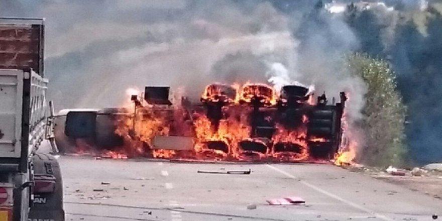 Kastamonu'da alkol yüklü tanker alev alev yandı