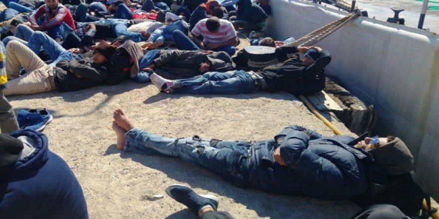 Balıkesir, Ayvalık'ta 63 Kaçak Göçmen Yakalandı