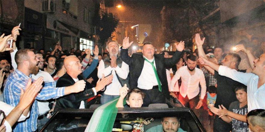Down sendromlu Bursasporlu amigoya görülmemiş doğum günü