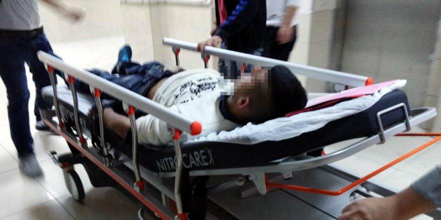 Samsun'da bıçakla kendini ağır yaralandı