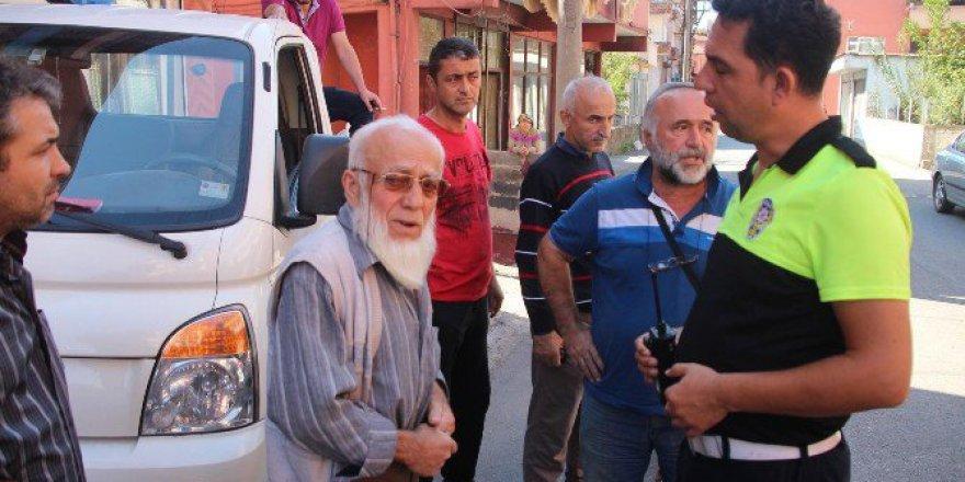 Zonguldak'ta Bir Sürücünün Yakınları Polisten Ehliyetini Almalarını İstedi!