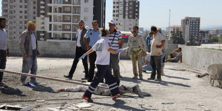 Mersin'de 10. Kattan Düşen İnşaat İşçisi Öldü
