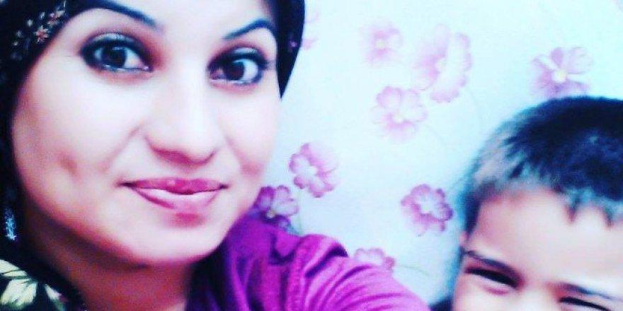 Niğde'de Kazada Yaralanan Genç Kadın 2 Haftalık Yaşam Mücadelesini Kaybetti