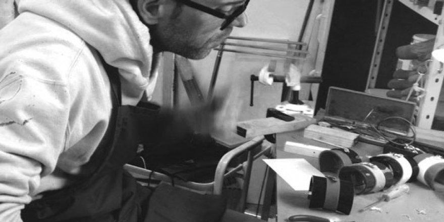 Yabancı damat, Mario Gualandri eseri FORME NUDE!