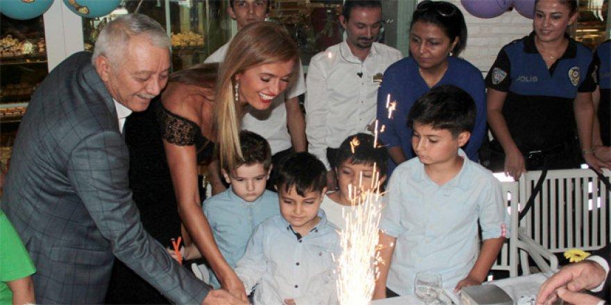 Lösemiyi polisle yenen Yağız doğum gününü de polislerle kutladı