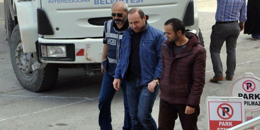 Bilecik, Bozüyük'te 2 öğretmen tutuklandı