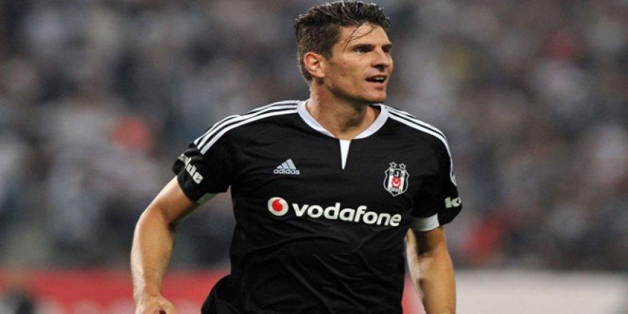 Beşiktaş'ın eski futbolcusu Mario Gomez, milli takım kadrosundan çıkarıldı