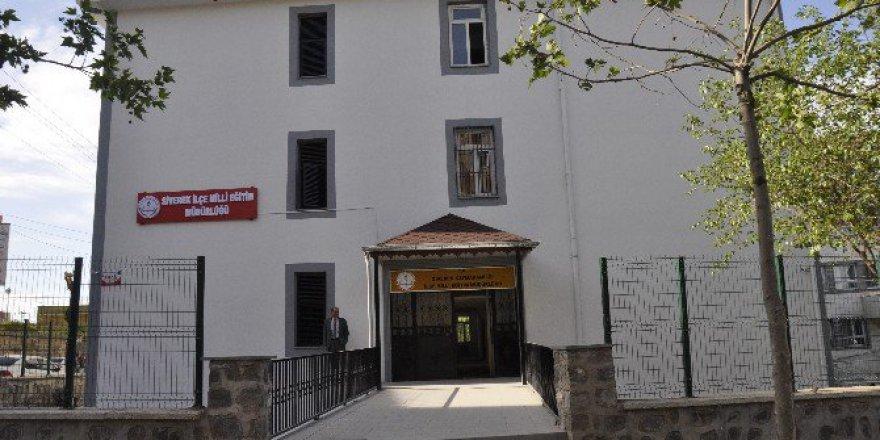 Şanlıurfa, Siverek'te Ücretli Öğretmen Atamaları İptal Edildi