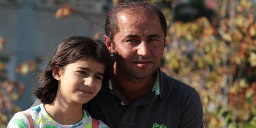Çaresiz baba kızı için kalp bekliyor