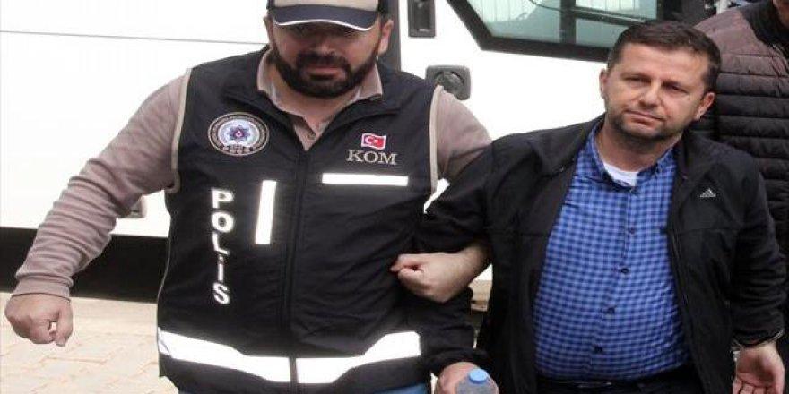 Bolu'da eski Ak Parti İlçe Başkanı Fetö'den Tutuklandı