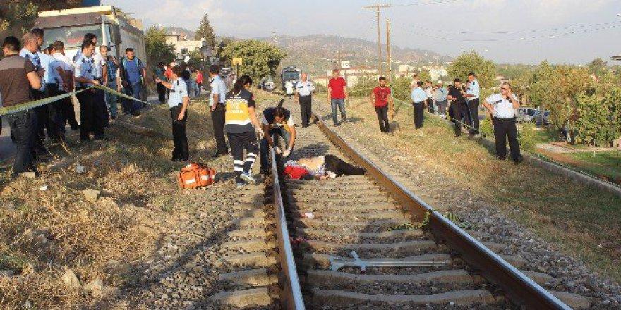 Aydın'da 87 Yaşındaki Adam Trenin Önüne Yattı