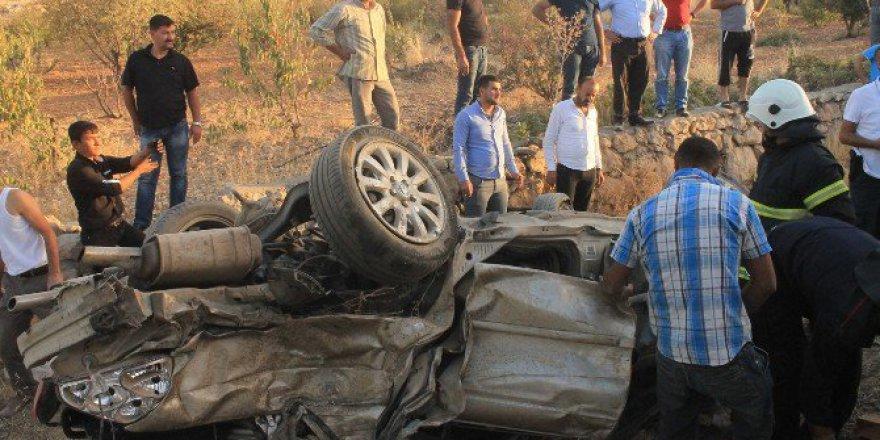 Mardin, Artuklu'da Trafik Kazası: 1 Ölü, 1 Ağır Yaralı