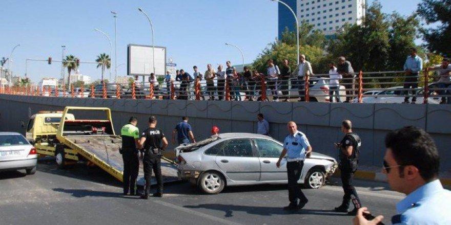 Şanlıurfa'da Köprü Kavşağında Trafik Kazası: 1 Yaralı