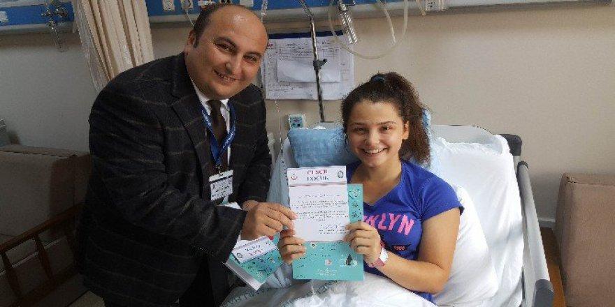 Başhekim'den Ameliyat Olan Çocuklara ''Cesur Çocuk Sertifikası''