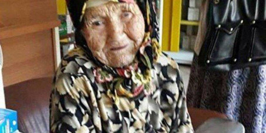 Muğla, Ula'da Yaşlı Kadın Yanmaktan Son Anda Kurtarıldılar