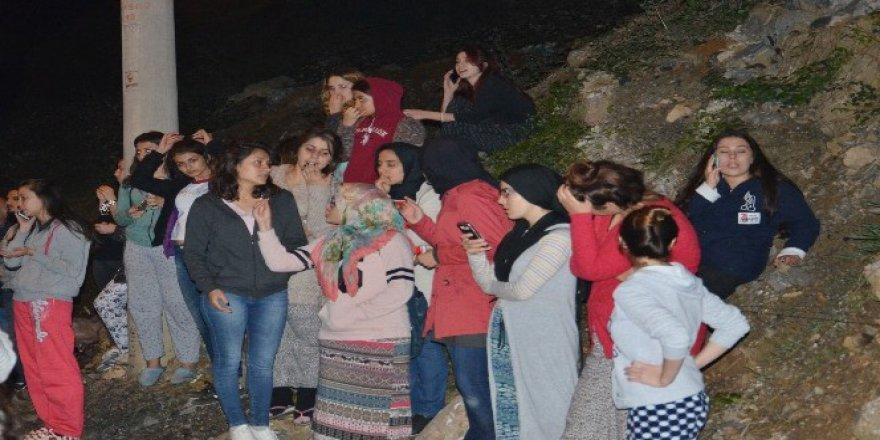 Zonguldak'ta Kız öğrencilerden İsyan!