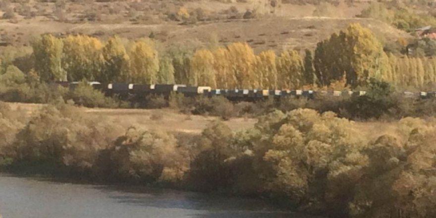 Erzincan'da 23 vagonlu yük trenine bombalı saldırı!