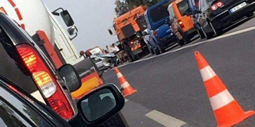 Aydın-İzmir Otoyolunda Trafik Kazası: 1 Ölü, 2 Yaralı