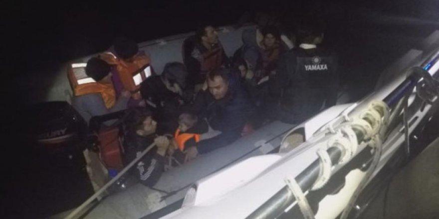 Kuşadası Körfezi'nde Kaçak Göçme Operasyonu: 140 Kişi Yakalandı
