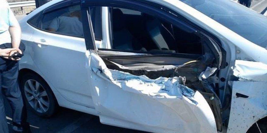 Çorum, Sungurlu'da Otomobil Traktörle Çarptı: 1 Yaralı