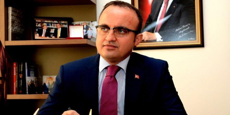AK Partili Bülent Turan'dan AYM'ye destek