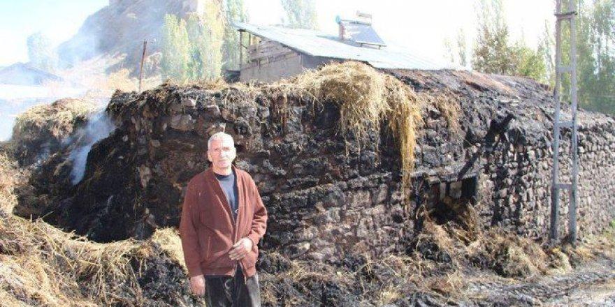 Erzurum. Narman'da Köy Yangını