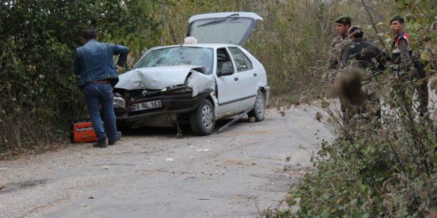 Bilecik'te Korkutan Trafik Kazası, 4 Yaralı
