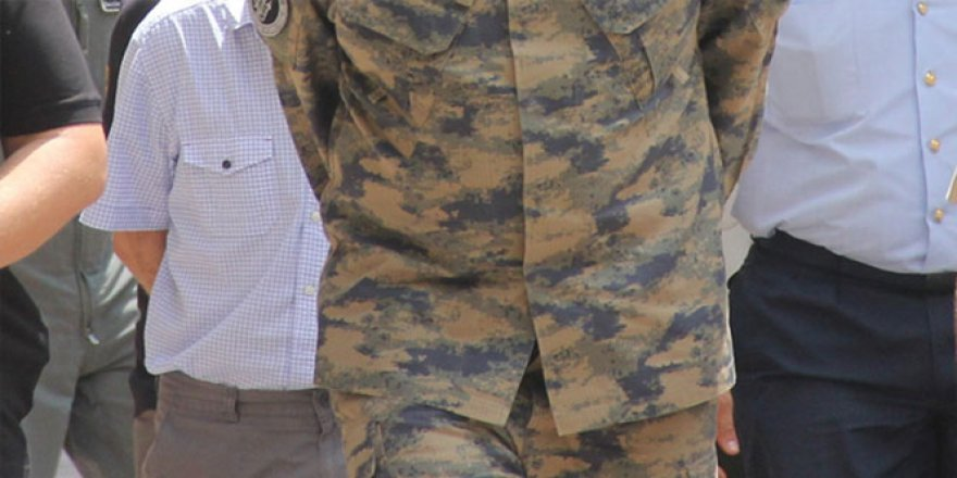 Isparta İl Jandarma İstihbarat Komutanına FETÖ'den gözaltı şoku!