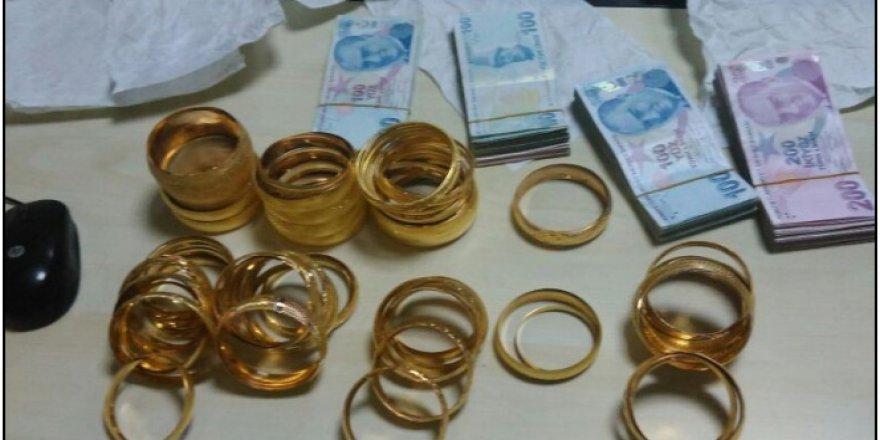 İzmir'de kuyumcu kuryesinin altın dolandırıcılığı