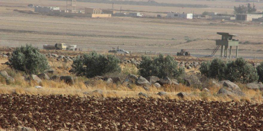 Sınırın Suriye tarafında büyük hareketlilik! ÖSO sığınak yapıyor..
