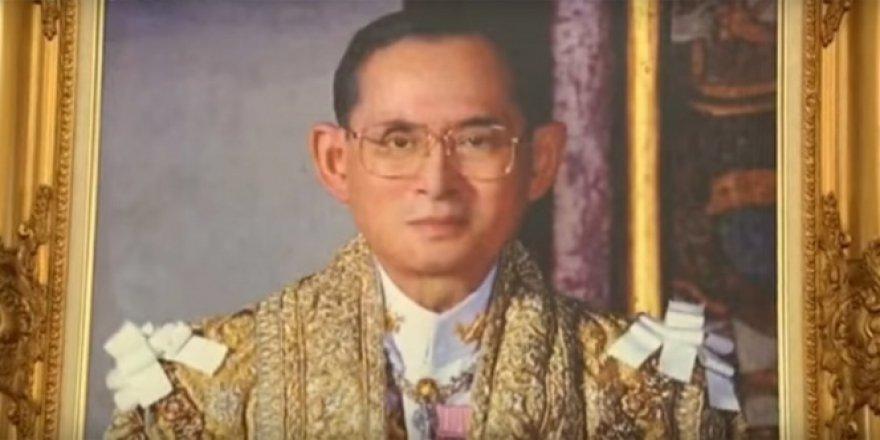 70 yıllık Tayland Kralı Bhumibol hayatını kaybetti