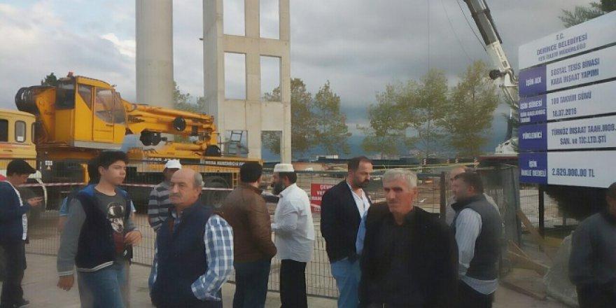 Kocaeli'de vince bağlı sepet düştü: 2 ölü