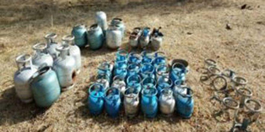 Muş'ta Patlayıcı Düzeneği Yerleştirilmiş 11 Adet Tüp Ele Geçirildi