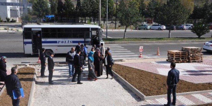 Bilecik Bozüyük'te 4 Fetö Ablası Tutuklandı