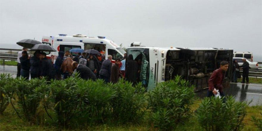 Rize'de trafik kazası : 27 Yaralı