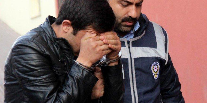 Kayseri'de 85 Yaşındaki Ninelerini Öldüren Torunlar Adliyeye Çıkarıldı