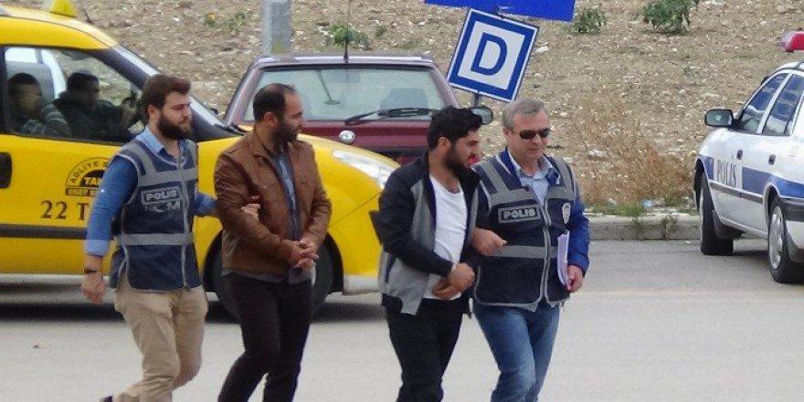 Bulgaristan'a Kaçmak İsterken Yakalanan 7 FETÖ'cüden 2'si Adliyeye Sevk Edildi