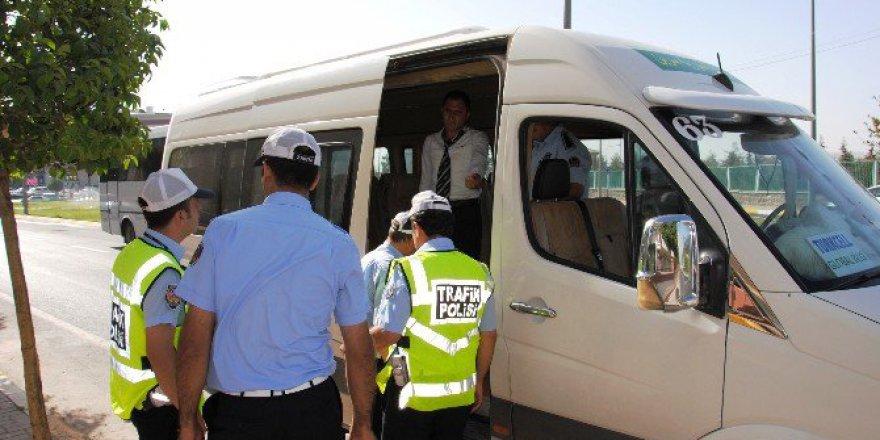 Şanlıurfa'da Zabıta Kaçak Öğrenci Servisleri Hakkında Yasal İşlem Başlattı