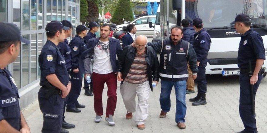 Denizli'de FETÖ'nün Yemek Şirketlerinde Çalışan 8 Kişi Tutuklandı