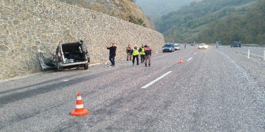 Zonguldak, Karaman Mevkiinde Trafik Kazası: 5 Yaralı