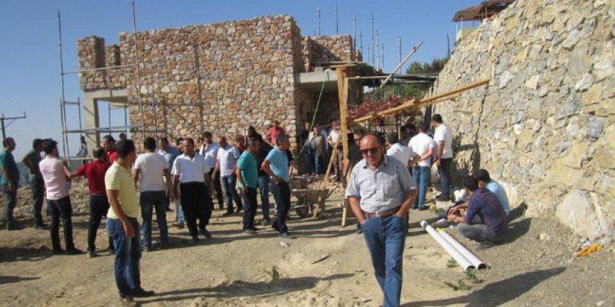 Antalya, Alanya'da Duvar Ustası İnşaat İskelesinden Düşüp Öldü