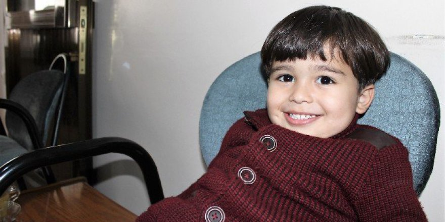 Kırşehir'de Kaybolan Çocuk, Belediyenin Yaptığı Anonsla Ailesine Kavuştu