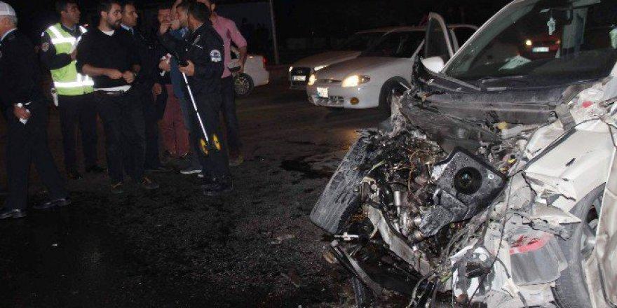 Kayseri'de Meydana Gelen Kazayı Gördüler Selfie Çekip Gittiler