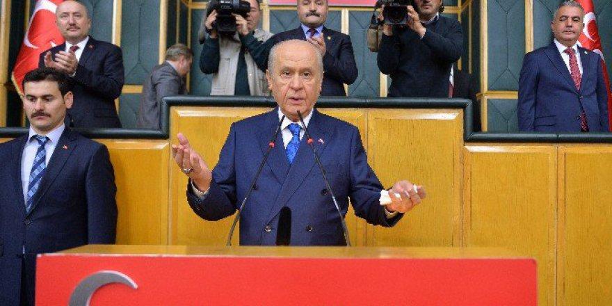 Bahçeli'den Mhp'li 5 Milletvekiline Referandum Yanıtı