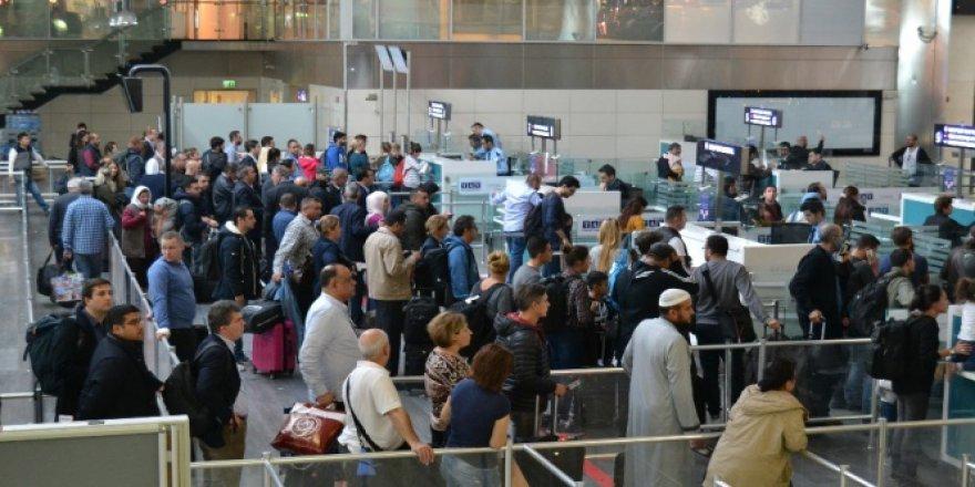 Atatürk Havalimanında Sistem Arızası Yoğunluğu