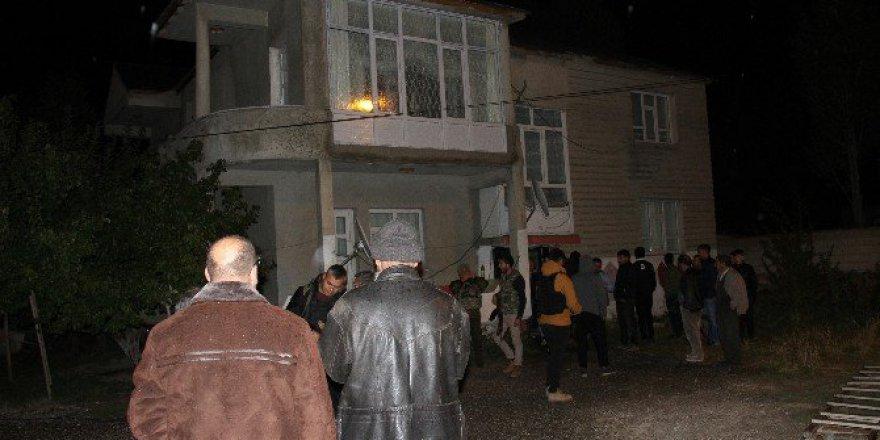 AK Parti'li Başkan Yay'ın Evine Bombalı Saldırı!