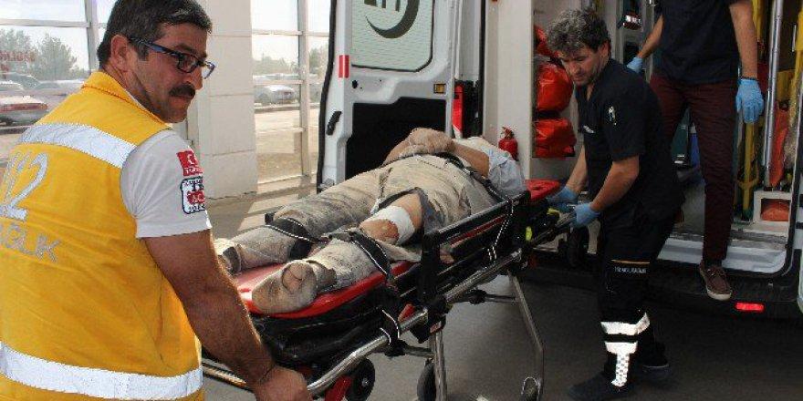Adıyaman'da Traktörün Altında Kalan Sürücü Ağır Yaralandı