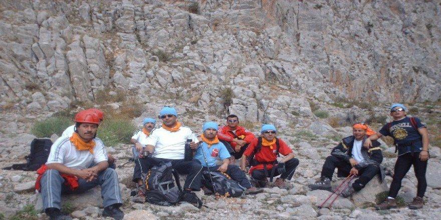 Aksaray'da Gönüllü Arama Ve Kurtarma Ekibi Kuruldu