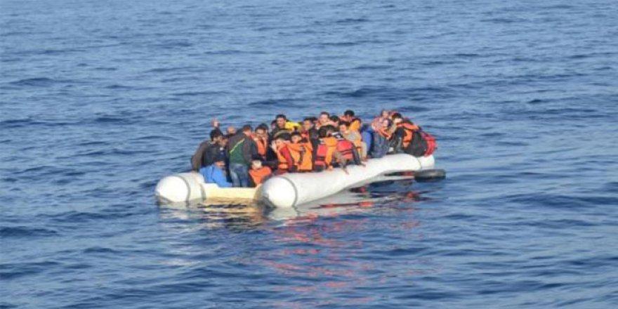 Libya Açıklarında Mülteci Botu Battı: 97 Kişi Kayıp